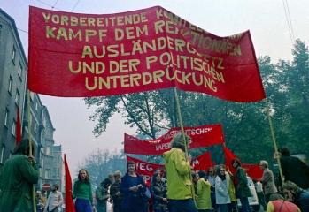 Demonstration gegen ein verschärftes Ausländergesetz in Dortmund 1972 © Holger Rüdel