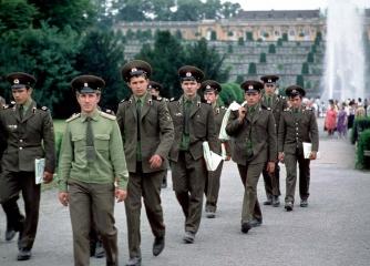 Rotarmisten in Potsdam DDR 1978 © Holger Rüdel