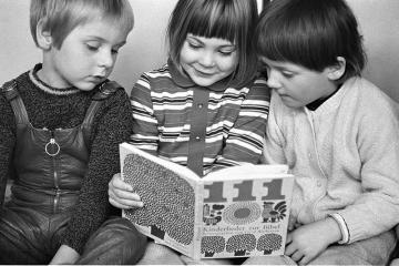 Erziehung in einem Kindergarten in Kiel 1970 © Holger Rüdel