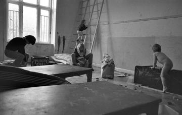 Antiautoritäre Erziehung in einem Kinderladen in Kiel 1970 © Holger Rüdel