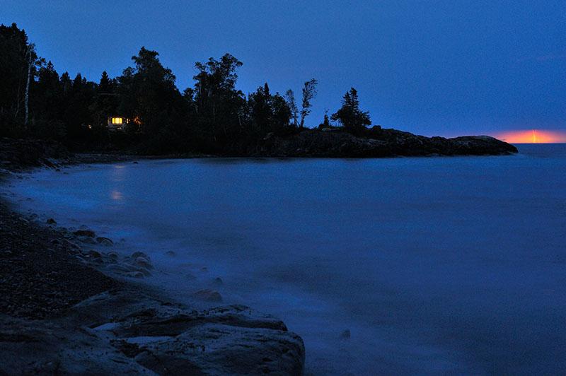 Nächtliche Blitze über dem Lake Superior © Holger Rüdel www.holger-ruedel.de