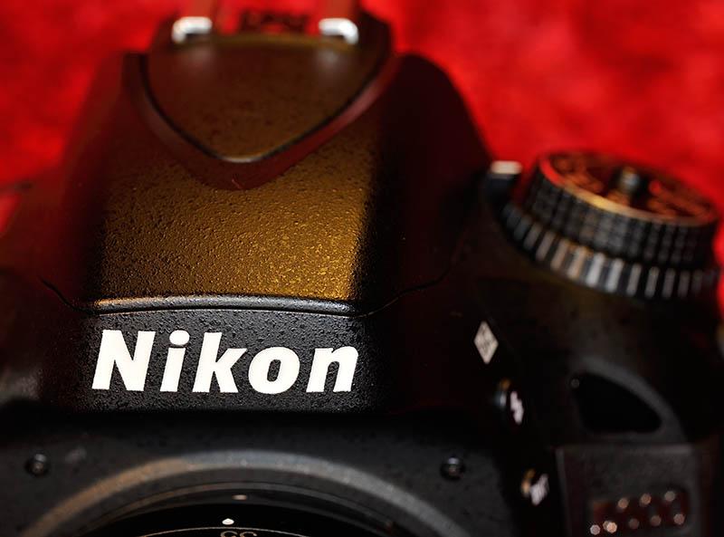 Nikon D600 Ansicht von vorn © Holger Rüdel